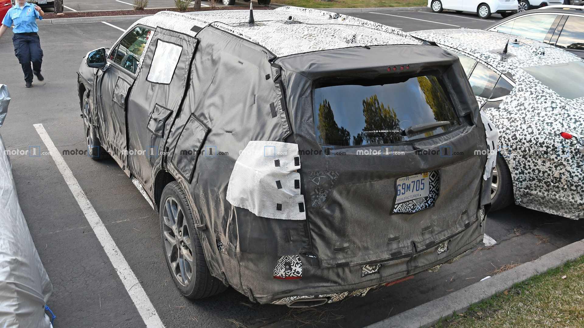2020 Chevrolet Blazer Xl Three Row Suv 04 2019 Chevy