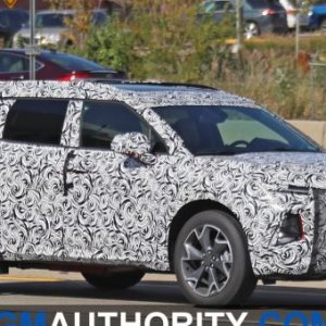 2020-Chevrolet-Blazer-XL-Spy-Shots-Exterior-October-2019-002-720x340.jpg