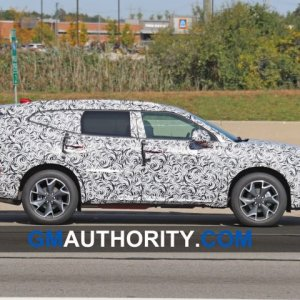 2020-Chevrolet-Blazer-XL-Spy-Shots-Exterior-October-2019-006-720x480.jpg