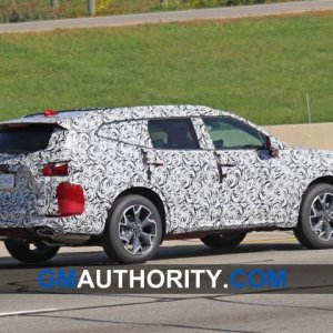 2020-Chevrolet-Blazer-XL-Spy-Shots-Exterior-October-2019-009-720x480.jpg